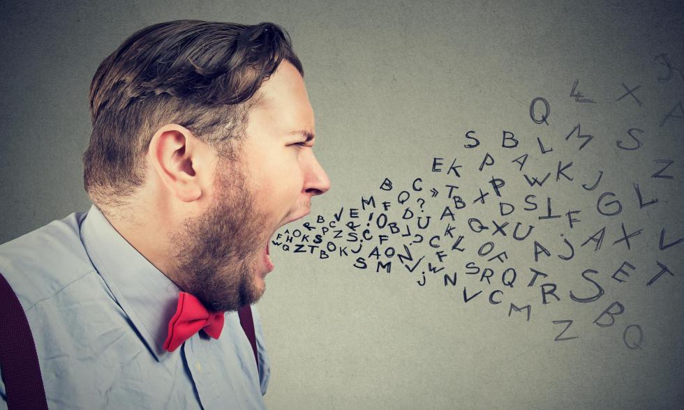 englische-Schimpfwörter-Mann-flucht